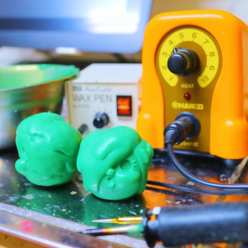 ソフビのワックス原型,エモいイモ