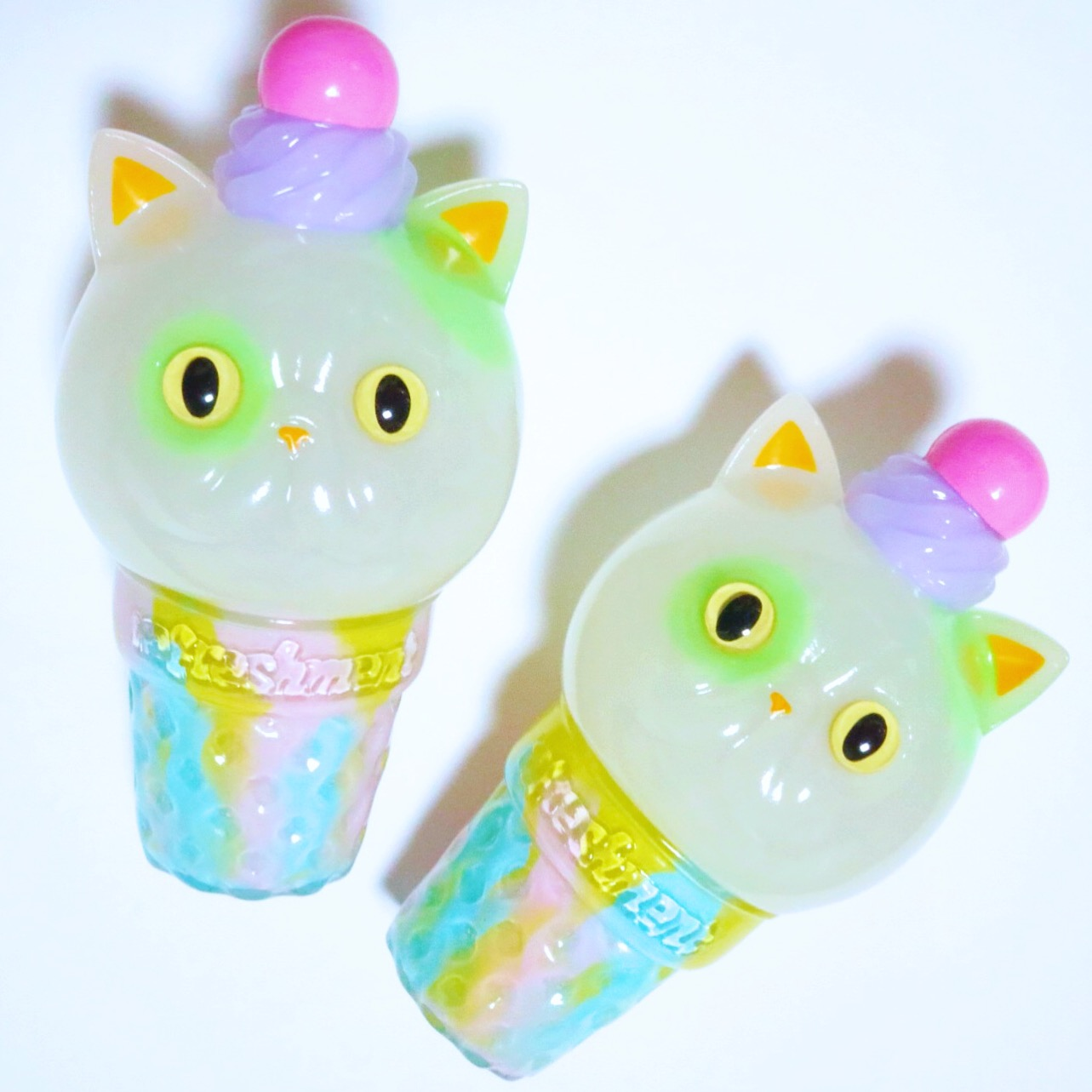 softvinyl_cat_icecream