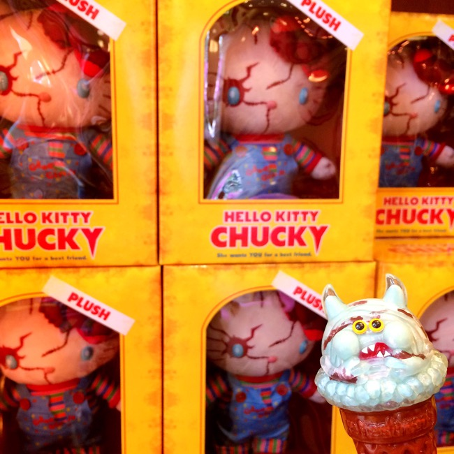 hello_kitty_chucky_plushdoll