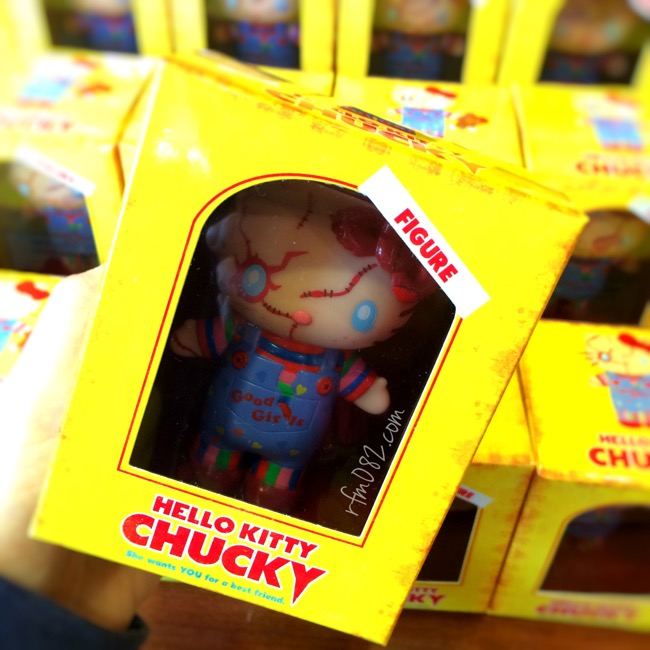 hello_kitty_chucky_sofubi_figure