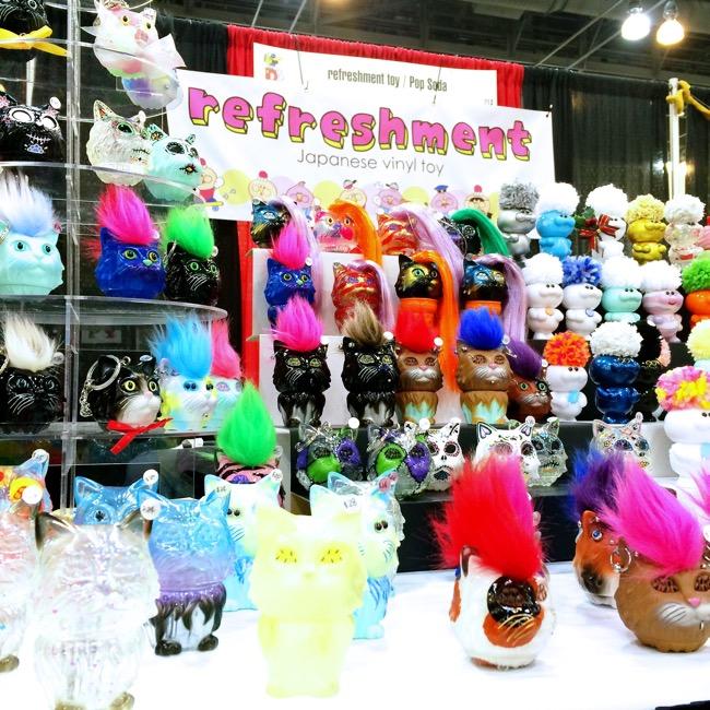 designercon vinyl refreshment toys