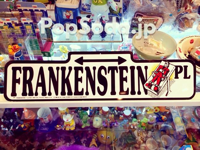 1988年製のフランケンシュタインのサイン