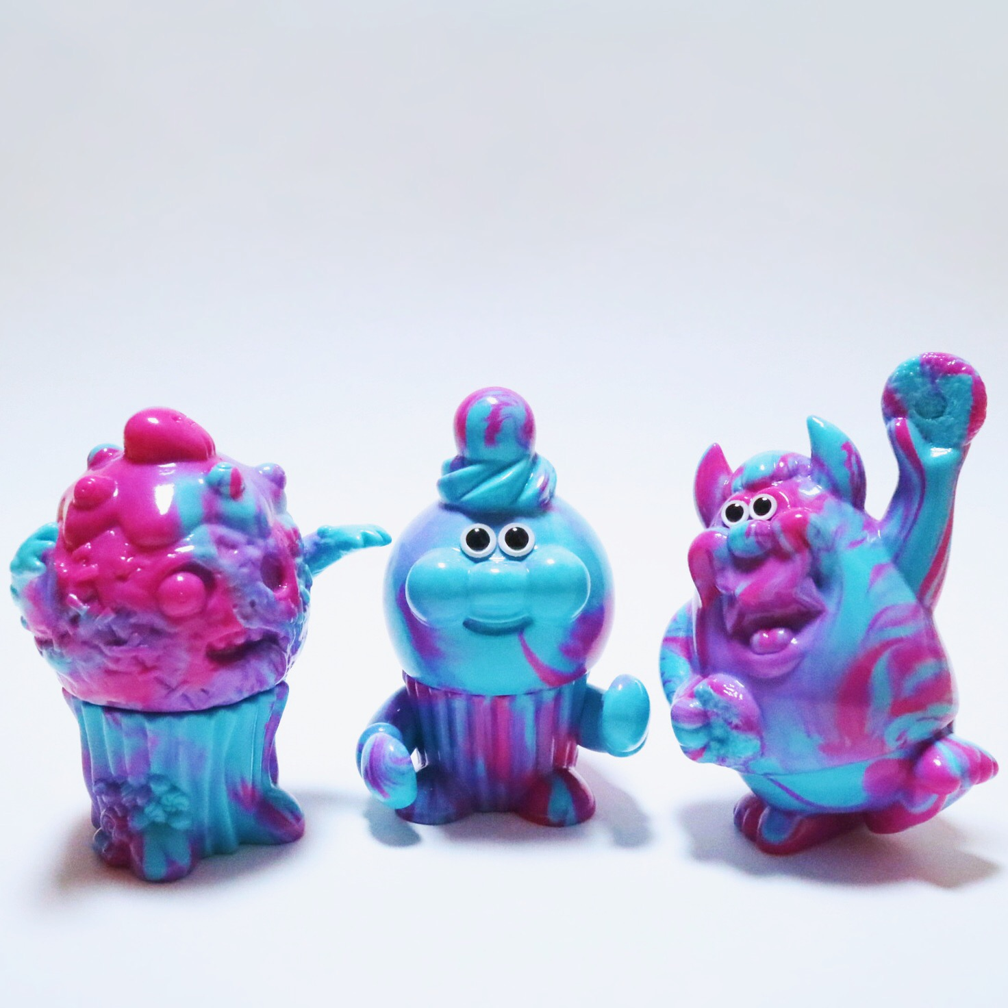 marbled_sofubi_toy
